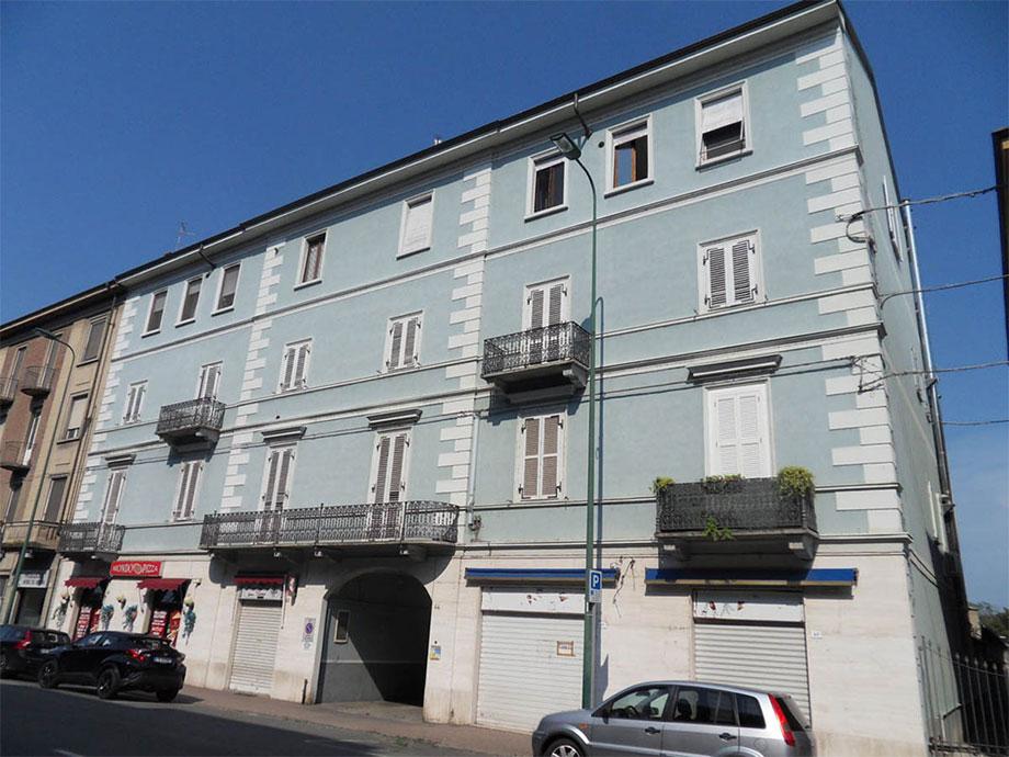 1 donna a Casale Monferrato (AL)