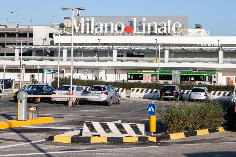 1 hostess per apt transfer a Linate